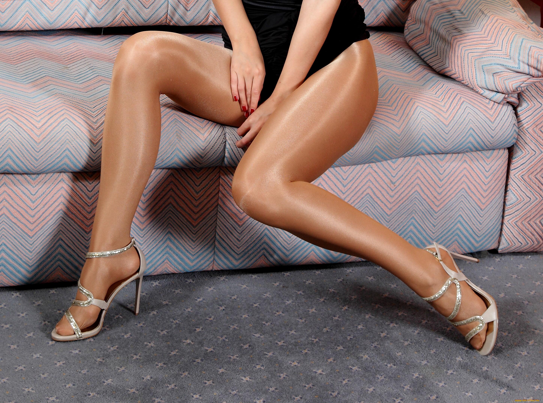 ножки в колготках фото ножки девушек